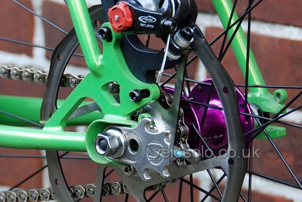 disc brake and VeloSolo cog at the same time - see gallery for more